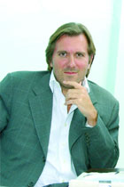 Vive la holistic difference - Christophe Lambert